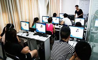 美迪电商教育-现场面对面互动教学