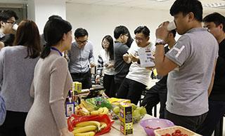 美迪网店培训学院-每个月都举办生日聚会